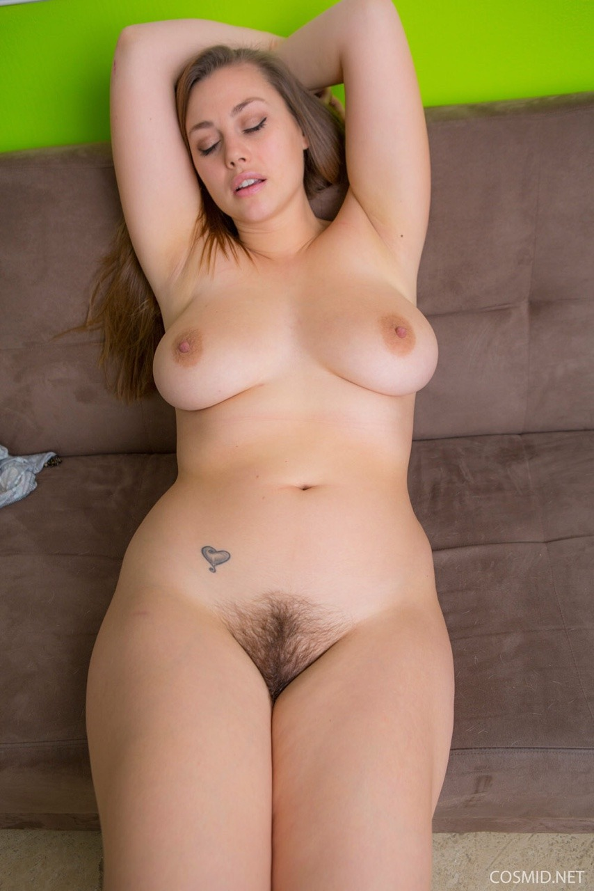 Lillias Right06
